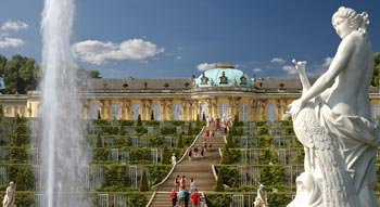 Potsdam Sightseeing with Sanssouci Palace
