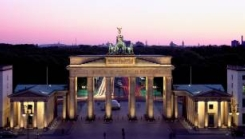 Berlin Sightseeing with Brandeburg Gate