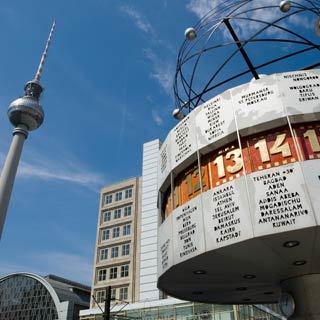 Enjoy your Berlin Hop on Hop Off Tour and discover the sights at Stop Alexanderplatz.