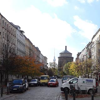 Enjoy your Berlin Hop on Hop Off Tour and discover the sights at Stop Prenzlauer Berg/Kollwitzplatz.