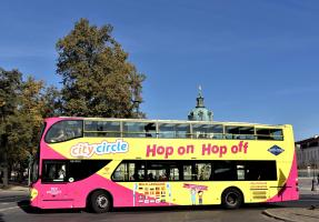 Sightseeing bus in front of Charlottenburg Palace